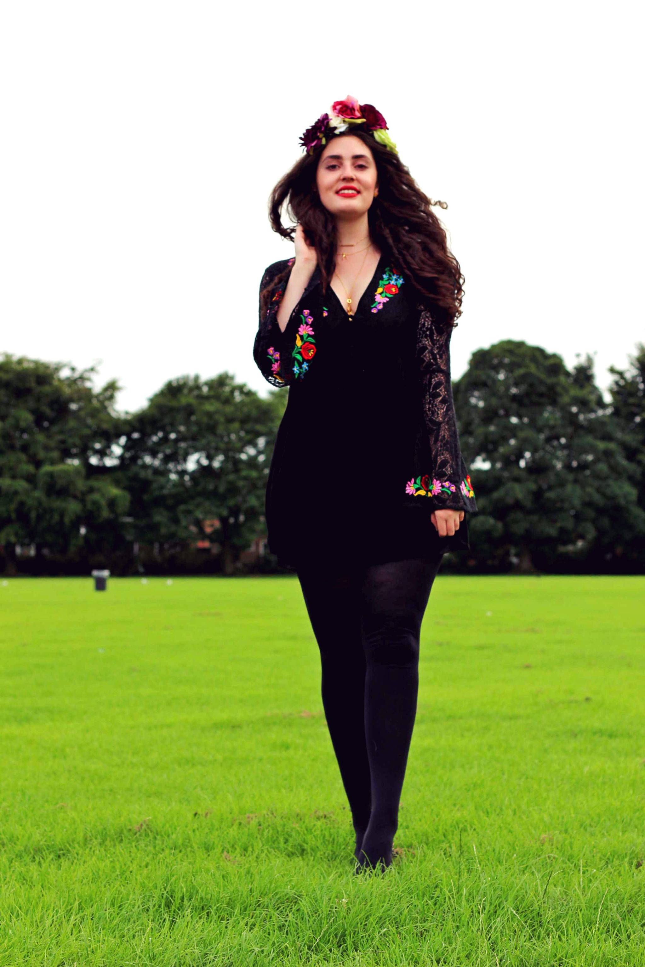 Black embroidered lace dress manchester fashion ger