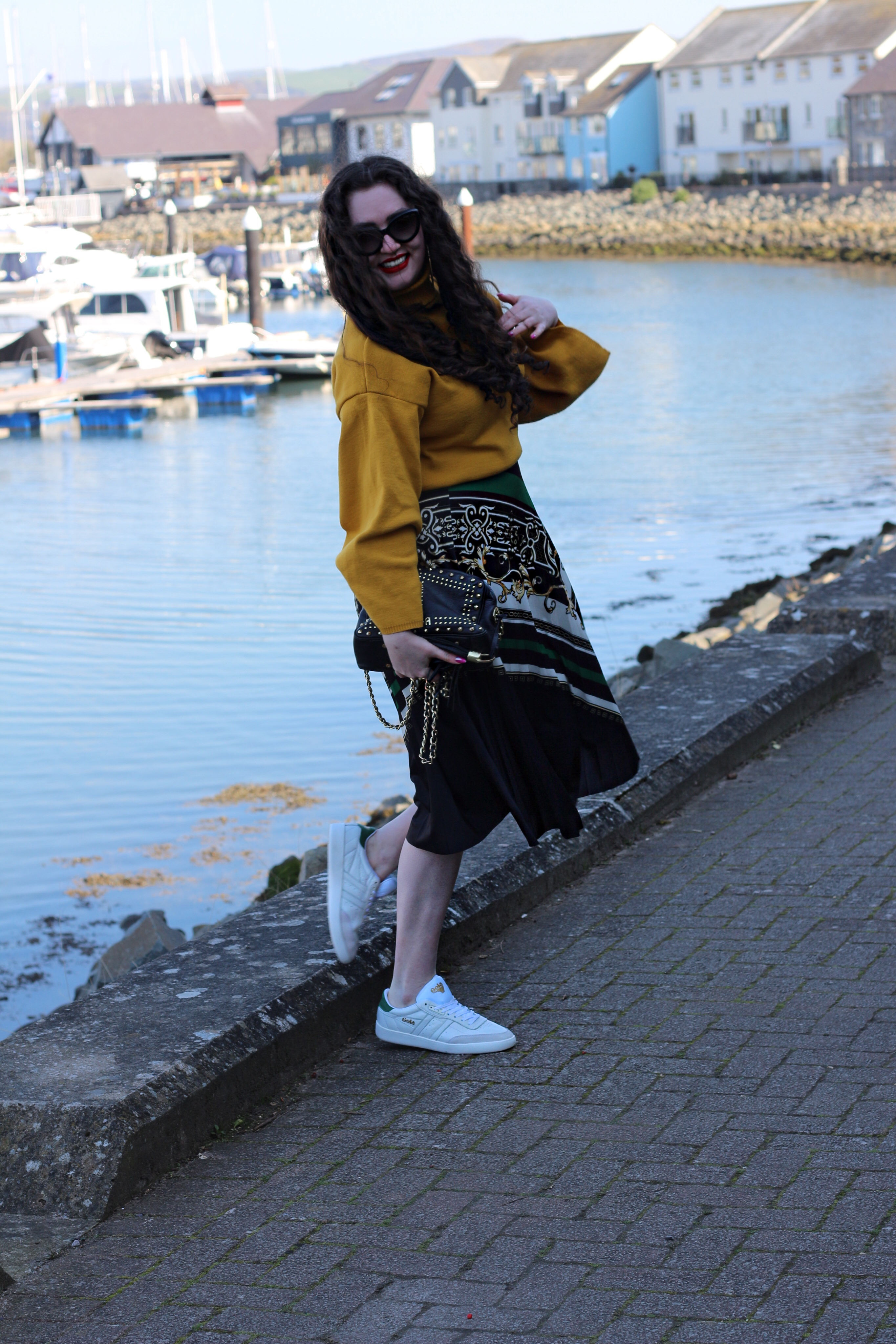 midi skirt with trainers